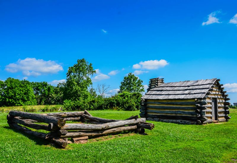 Valley-Forge-log-hut
